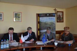 """podpisanie Aneksu do Umowy o dofinansowanie Projektu """"Program poprawy czystości zlewni rzeki Wisłoki – Etap II"""